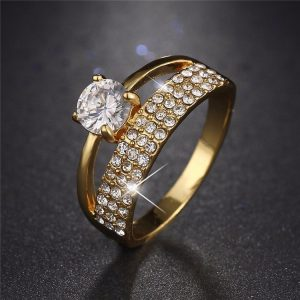 Fashion Luxury Wedding Crystal Ring